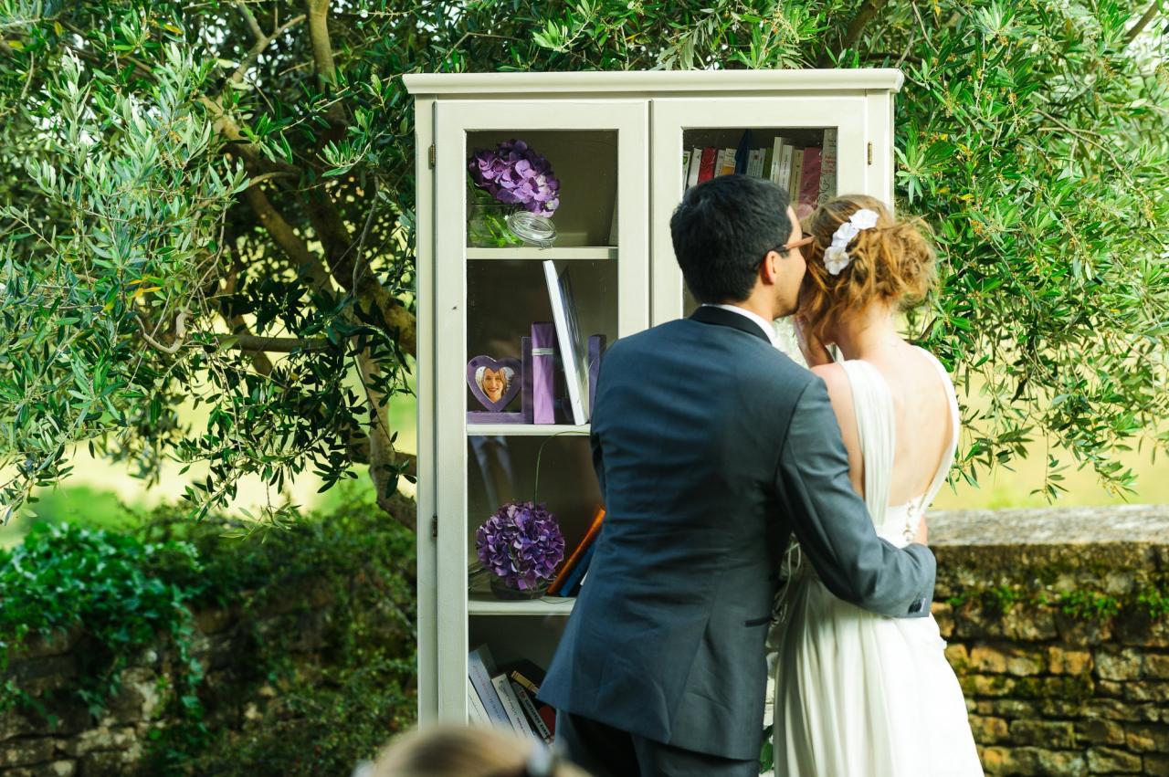 Laura et Julien, la bibliothèque des amoureux