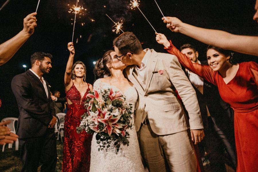 mariés et témoins crédit photo Jonathan borba